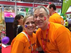 2 of our favorite people - Shaun & Xenia from KT Tape (US) - just 'loving' the Virgin London Marathon! ❤️