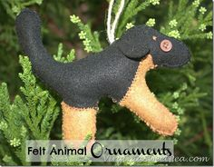 Adorable Felt Animal Ornaments - Sweet Pea