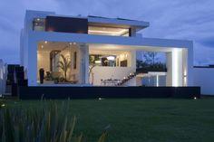 maison-contemporaine-luxueuse-18