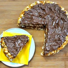 Peanut Butter Popcorn Cake vegan, plantbased, earth balance, made just right Delicious Vegan Recipes, Healthy Dessert Recipes, Vegan Desserts, Delicious Desserts, Healthier Desserts, Cake Recipes, Vegan Treats, Vegan Snacks, Vegan Food