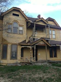 Tennessee Farm House