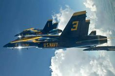The Blue Angels fly a modified Delta Formation. Military Jets, Military Aircraft, Air Fighter, Fighter Jets, Us Navy Blue Angels, Fire Powers, Military Photos, United States Navy, Jet Plane