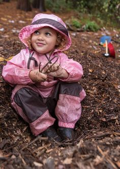 Bundle up, buttercup. A growing number of preschools are situating their classrooms under the open sky and towering trees, regardless of weather.