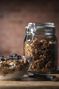 Easy Five Ingredient Homemade Coconut Oil Granola - Incredibly delicious and healthy!