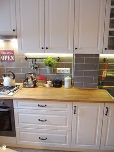 Mieszkanie hand made :) - Średnia kuchnia jednorzędowa w aneksie, styl klasyczny - zdjęcie od karolina0606