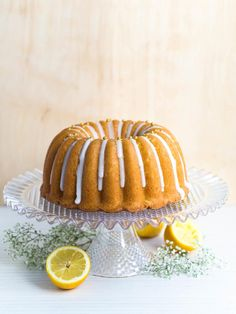 Maailman Paras Sitruunakakku   Annin Uunissa Sweet Recipes, Cake Recipes, Sweet Bakery, Most Delicious Recipe, Tasty Bites, Something Sweet, Pound Cake, Cake Decorating, Sweet Tooth