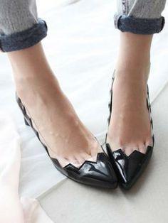 Pointed Block Heeled Shoe