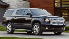 2018 Chevrolet Suburban in Houston is large size SUV offer in term of performance, efficiency, and space. Buy 2018 Chevy Suburban at near your Chevy car dealer Houston. Chevrolet Suburban, Chevrolet Tahoe, Chevrolet Trax, 7 Seater Suv, Gmc Vehicles, Large Suv, New Chevy, Suv Models, Ford