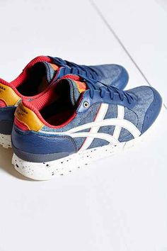 Trendy Women's Sneakers : Asics Onitsuka Tiger Colorado Eighty-Five Running Sneaker - Fashion Inspire Sneakers Outfit Work, Sneakers Fashion Outfits, Running Sneakers, Slip On Sneakers, Trendy Womens Sneakers, Winter Sneakers, Sneaker Boots, Asics, Onitsuka Tiger
