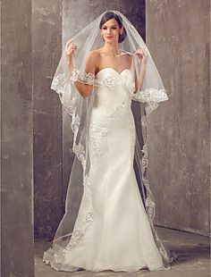 One-tier Cathedral Wedding Veil With Applique Edge – USD $ 44.99
