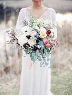 58 Ideas Wedding Boho Bouquet Sleeve For 2019 Mod Wedding, Floral Wedding, Church Wedding, Elegant Wedding, Wedding Colors, Bouquet En Cascade, Perfect Wedding, Dream Wedding, Amazing Weddings
