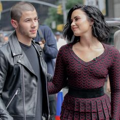 Demi Lovato And Nick Jonas Play Ball In New York - http://oceanup.com/2016/07/08/demi-lovato-and-nick-jonas-play-ball-in-new-york/