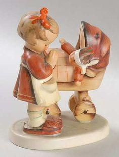 Hummel Doll Mother