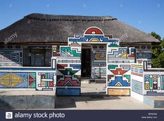 ndebele houses - Google Search African House, Geometric Wall Art, Environmental Art, Mural Art, French Artists, Learn To Paint, National Museum, Tribal Art, African Art
