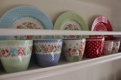 now absoluetly obsessed with Green Gate china from Denmark. So sad it doesn't look like it is available in the U.S.!
