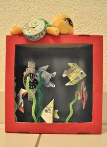 Great idea if you want to give some money present: Aquarium with banknote fishes. This one has been made for a collegue who wanted to buy a divingwatch. But also a great idea for an activity at your Under Water Party (check how to do it on www.enjoytoparty.com)