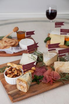 Who doesn't love a yummy cheese plate? They are the perfect kick-off to any dinner party, girl's night, or just because! We all have our favorites (can you say brie?), but building the perfect cheeseboard is remarkably simple and is guaranteed to please. With the help of the lovely Chassity from Look Linger Love, you can...