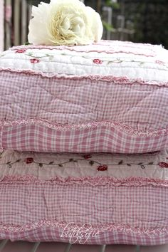 I have some gorgeous old quilts I can make some of these from for family!!