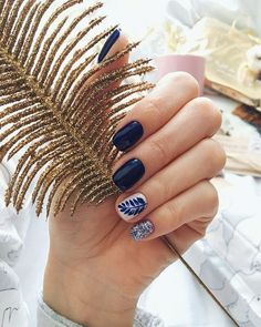 66 classy spring nails art design to inspire you suitable for every nail shape 14 Cute Spring Nails, Spring Nail Art, Gelish Nails, Nail Manicure, Nail Polish, Navy Nails, Nagellack Trends, Trendy Nails, Nails Inspiration