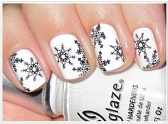 15 of the Most Adorable Winter Wonderland Manicures For You to Learn Now