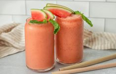 This watermelon passion fruit smoothie recipe is simple, delicious, and just what you need to shake off the summer heat. Here's how to make it. Passion Fruit Smoothie, Fruit Smoothie Recipes, Watermelon Smoothies, Yummy Smoothies, Juice Smoothie, Drink Recipes, Yummy Recipes, Raw Vegan Recipes, Clean Recipes