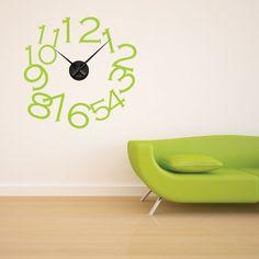 """Adesivo Murale - Orologio Fun.  Adesivo murale di alta qualità con pellicola opaca di facile installazione. Lo sticker si può applicare su qualsiasi superficie liscia: muro, vetro, legno e plastica.  L'adesivo murale """"Orologio Fun"""" è ideale per decorare la vostra cucina. Adesivi Murali."""