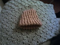 preemie loomed knitted baby hat. by CodyCraftyDelights on Etsy, £3.50