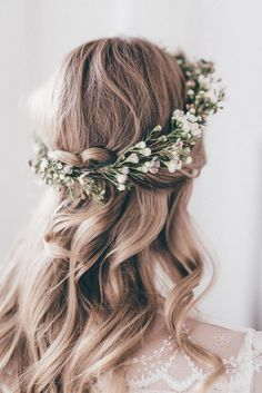 half up half down wedding hairstyles with flower crown for medium hair #weddinghairstyles #weddingmakeup
