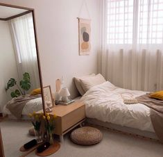 53 spectacular small bedroom design ideas for cozy sleep page 5 ideas for small rooms cozy 53 spectacular small bedroom design ideas for cozy sleep page 5 Room Ideas Bedroom, Small Room Bedroom, Home Bedroom, Bedroom Ideas For Small Rooms Cozy, Modern Bedroom, Bedroom Signs, Bedroom Rustic, Ikea Bedroom, Master Bedrooms