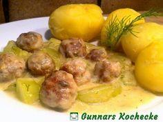 Schweinehackbällchen in Gurken-Dill-Sauce mit Pellkartoffeln
