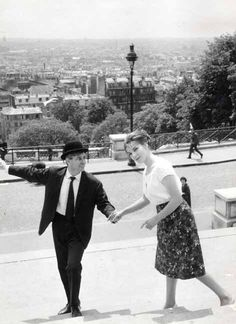 Raymond Peynet a' Montmartre, Photo by Robert Doisneau, circa 1960