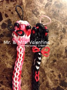Rainbow Loom Valentines Day SNAKES - Designed and loomed by MarloomZ Creations. Click photo for YouTube tutorial.