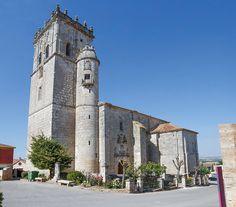 La Iglesia de San Juan Bautista (Bien de Interés Cultural), comenzó su construcción en 1555 y cuenta con una de las torres más bellas de la Ribera del Duero