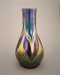 Tiffany Glass & Decortating Company. Favrile Glass circa 1893-1896.