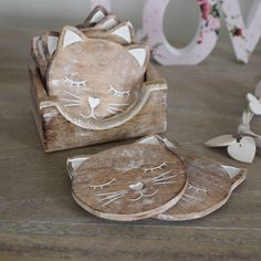 Set of 6 Carved Wooden Cat Coasters in Wooden Stand - Melody Maison®