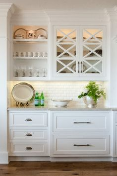 Rincon Classic - beach-style - Kitchen - Orange County - Jodi Fleming / Fleming Distinctive Homes