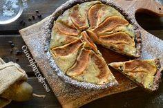 La crostata ricotta e pere è un classico della nostra pasticceria. Golosa presenza del e delicata può accompagnare piacevoli serate con gli amici..
