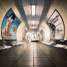 London Underground  #RePin by AT Social Media Marketing - Pinterest Marketing Specialists ATSocialMedia.co.uk London Underground Tube, London Underground Stations, London Transport, Public Transport, London Photography, Travel Photography, U Bahn, England And Scotland, London Life