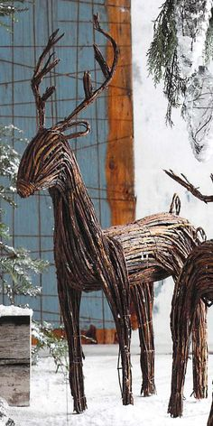 Roost Holiday Willow reindeer
