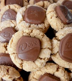 Food Pusher: Dove Peanut Blossoms