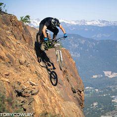 take risks when riding a bicycle. always fun better experience than regret Trekking, Mt Bike, Ski, Mtb Trails, Downhill Bike, Push Bikes, Kayak, Parkour, Cycling Bikes