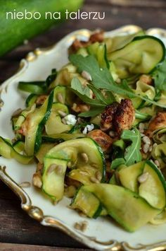 Salad Recipes, Healthy Recipes, Sprout Recipes, Galette, Food Inspiration, Chicken Recipes, Food Porn, Dinner Recipes, Good Food