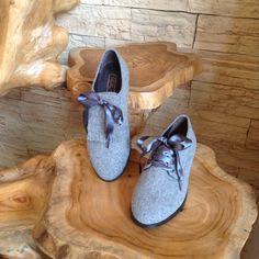 Sapato estilo carneira cinza Flat Shoes, Moccasins, Flats, Fashion, Ash, Shoes, Style, Bass Shoes, Penny Loafers