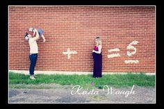 twin maternity picture