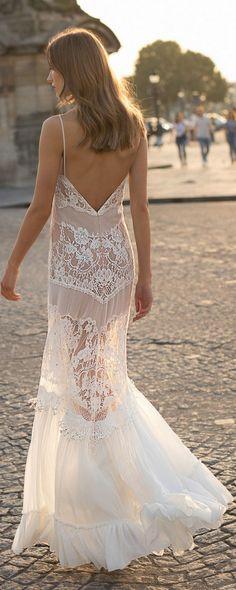 Eisen Stein Elie boho lace wedding dress with open back #weddingdresses #bridalgown #weddingdress #bohoweddingdress #vintageweddingdress