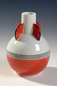 Nora Gulbrandsen, Porsgrunds Porselænsfabrik AS (Produsent), Ceramic Design, Nordic Design, Deco, Vintage Ceramic, Modern Classic, Scandinavian, Machine Age, Pottery, Clay