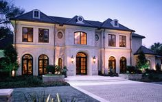 Champion Custom Home Builders was founded when Michael Adalis and Jonathon Casada became partners in what has become one of Houston's premier quality builders. Home Building Design, Building A House, Traditional Home Exteriors, Home Styles Exterior, French Exterior, Dream House Exterior, Classic House Exterior, French Style Homes, Ideas Hogar