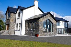Donegal Slate With K Rend Finish - Coolestone Stone Importers Suppliers Masonry Tyrone Northern Ireland Square House Plans, Metal House Plans, Dream House Plans, Small House Plans, Stone Exterior Houses, Dream House Exterior, Exterior Tiles, Dormer House, Dormer Bungalow