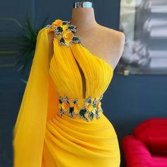 Long Evening Gowns, Mermaid Evening Dresses, Elegant Evening Gowns, Mermaid Gown, Formal Dresses With Sleeves, Elegant Dresses, Yellow Formal Dress, Yellow Evening Dresses, Formal Dresses For Women