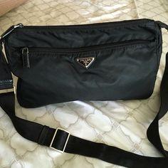 44d4a6c7b9 PRADA Cross body bag Black Prada nylon crossbody bag 100% Authentic Prada  Bags Crossbody Bags